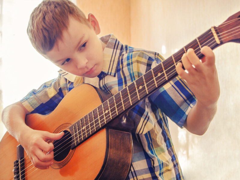 kids guitar lessons in county antrim